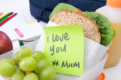 Kids packed lunch with note from mum